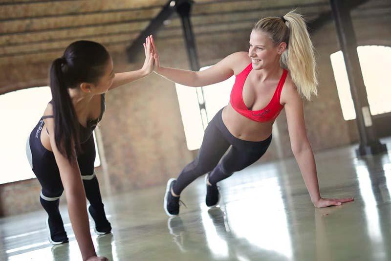 10 idee di esercizio per rassodare lo stomaco
